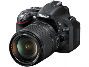 CAMARA REFLEX NIKON D5200 + 18/140 VR